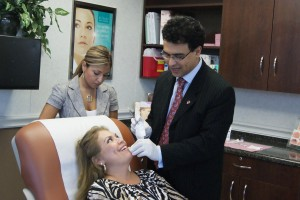Top San Antonio Boerne Dermatologist Injects Botox